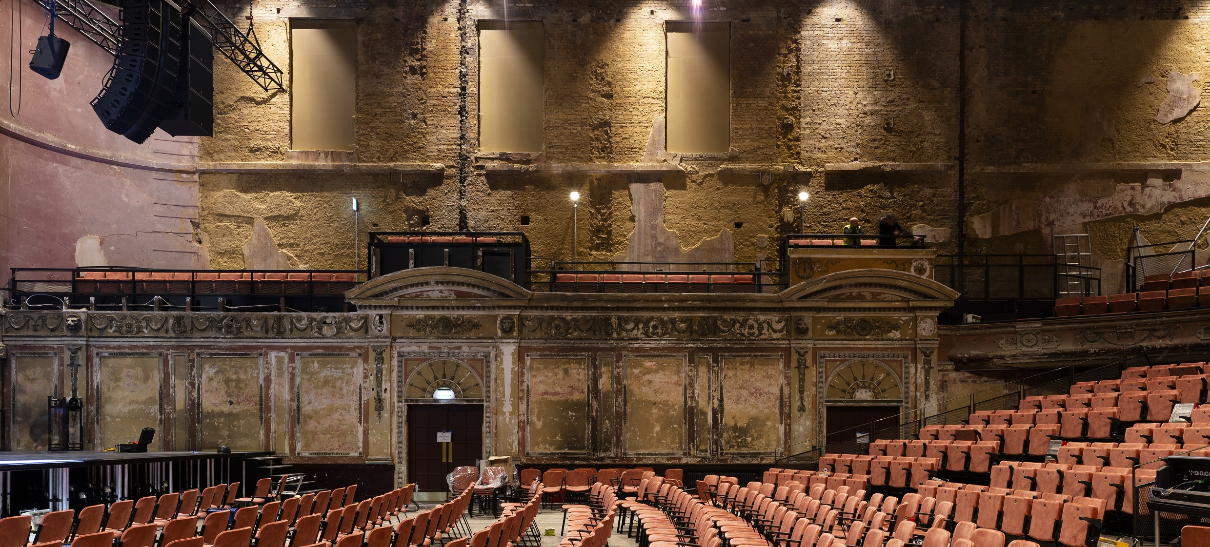 Ally Pally theatre reopens after 80 years
