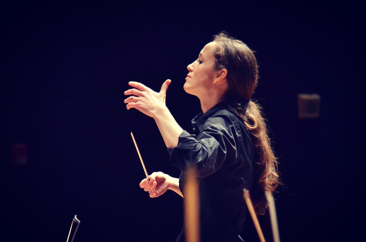 Maestra! Covent Garden boost for women conductors